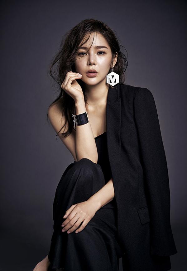 朴詩妍加盟《Fantastic》 賢妻良母變身氣場女王