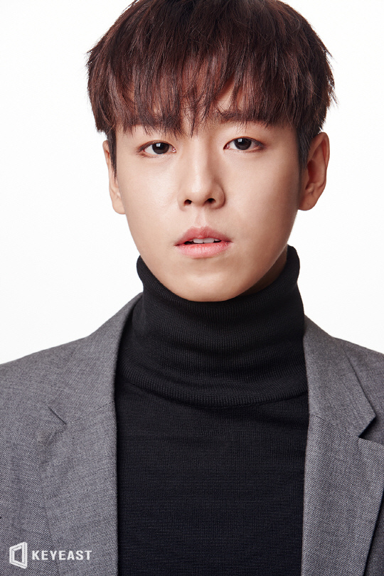李玹雨出演tvN新劇 時隔1年回歸螢幕