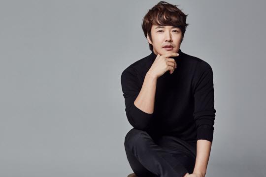 尹相鉉出演《完美的妻子》 與高素榮飾夫妻
