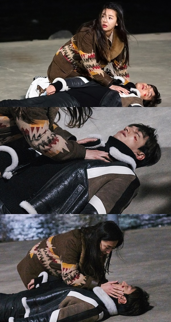 《藍海傳說》李敏鎬負傷暈倒 全智賢驚慌失措