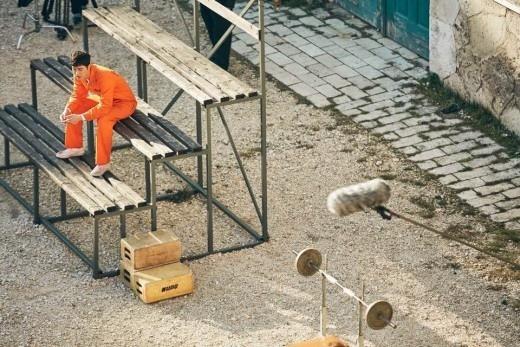 《Man to Man》朴海鎮新劇照發布 在匈牙利被關進監獄_3