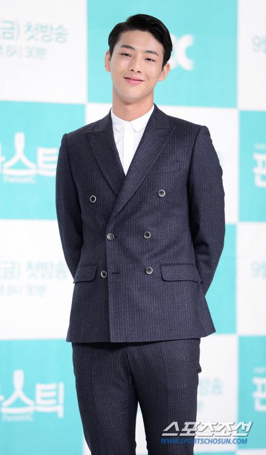 金志洙出演JTBC新劇 與朴寶英朴炯植合作
