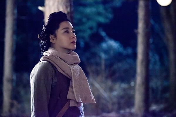 《師任堂》發布最新劇照 宋承憲李英愛深情凝望_3
