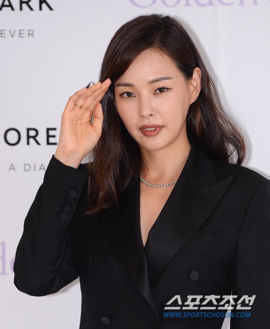李荷妮有望出演MBC新劇 或與南宮珉合作