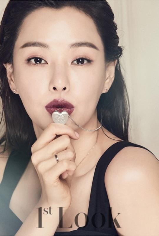 李荷妮_1st Look_201612_3