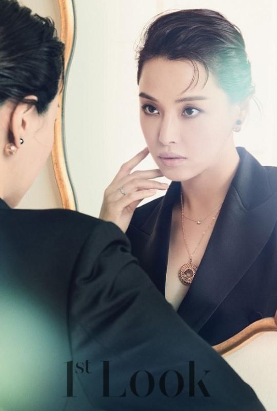 李荷妮_1st Look_201612_5
