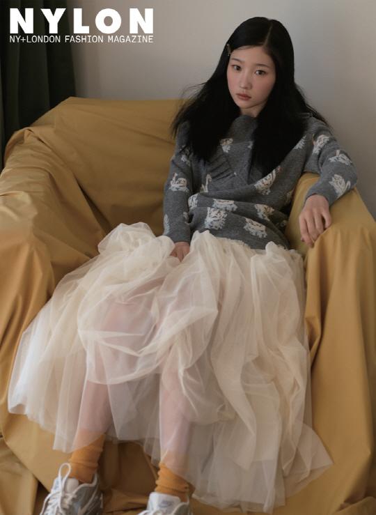 DIA成員鄭彩妍_NYLON_201612_2