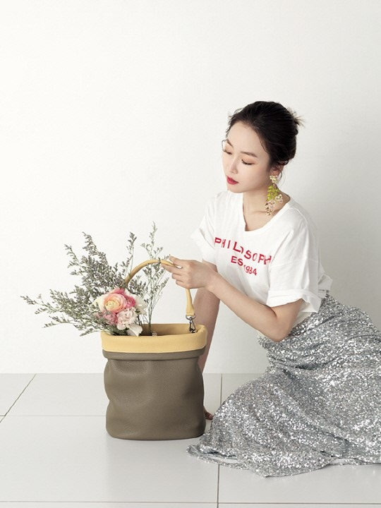 徐玄振代言Carlyn_2017_3