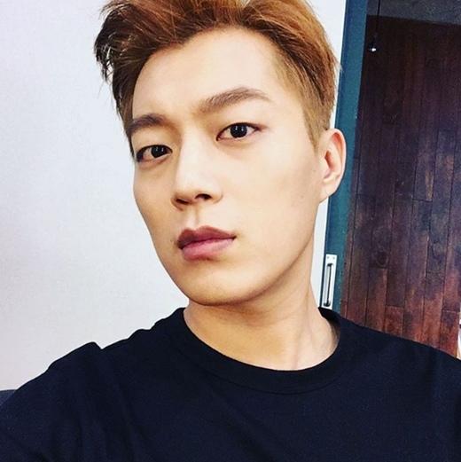 尹斗俊友情客串《打架吧鬼神》 今日下午參與拍攝