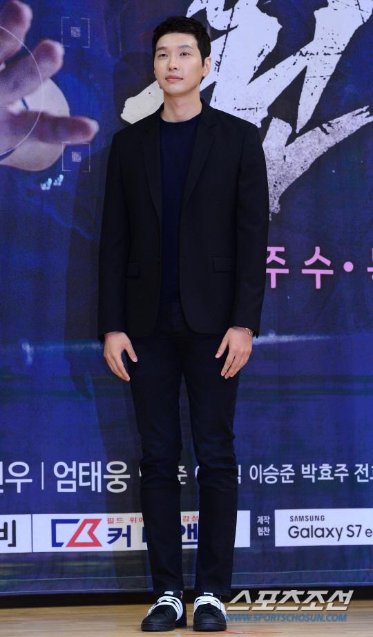 池賢宇接受手腕手術 公司回應康復中_1