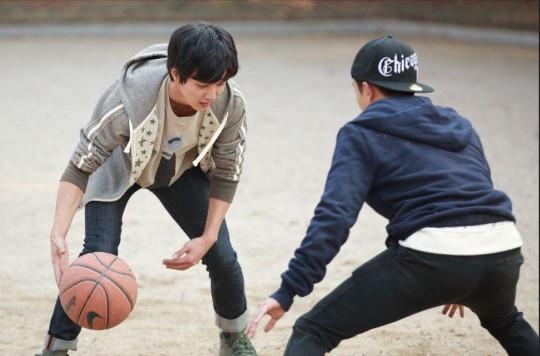 《想像貓》發最新劇照 俞承豪變身籃球少年