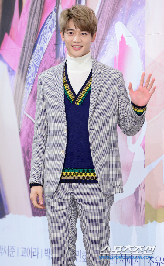 JTBC推網劇《不知不覺18》 SHINee珉豪任主演