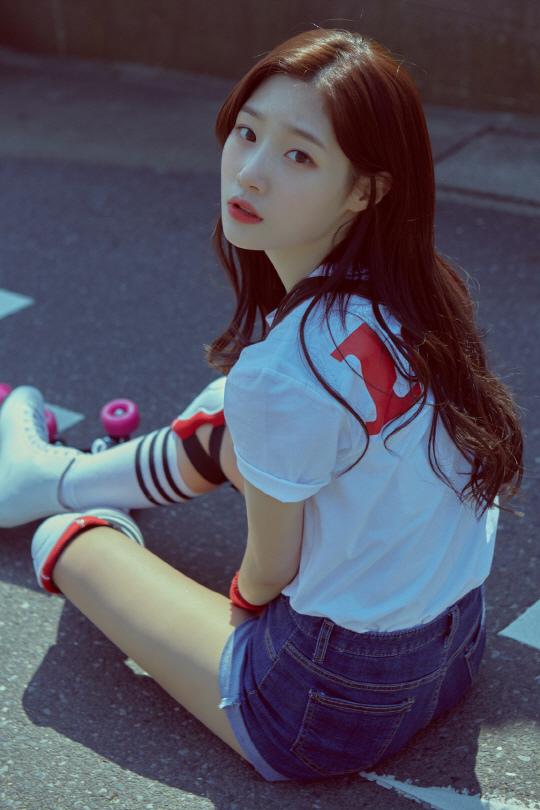 鄭彩妍出演SBS新劇《再次重逢的世界》 飾女主少女時期