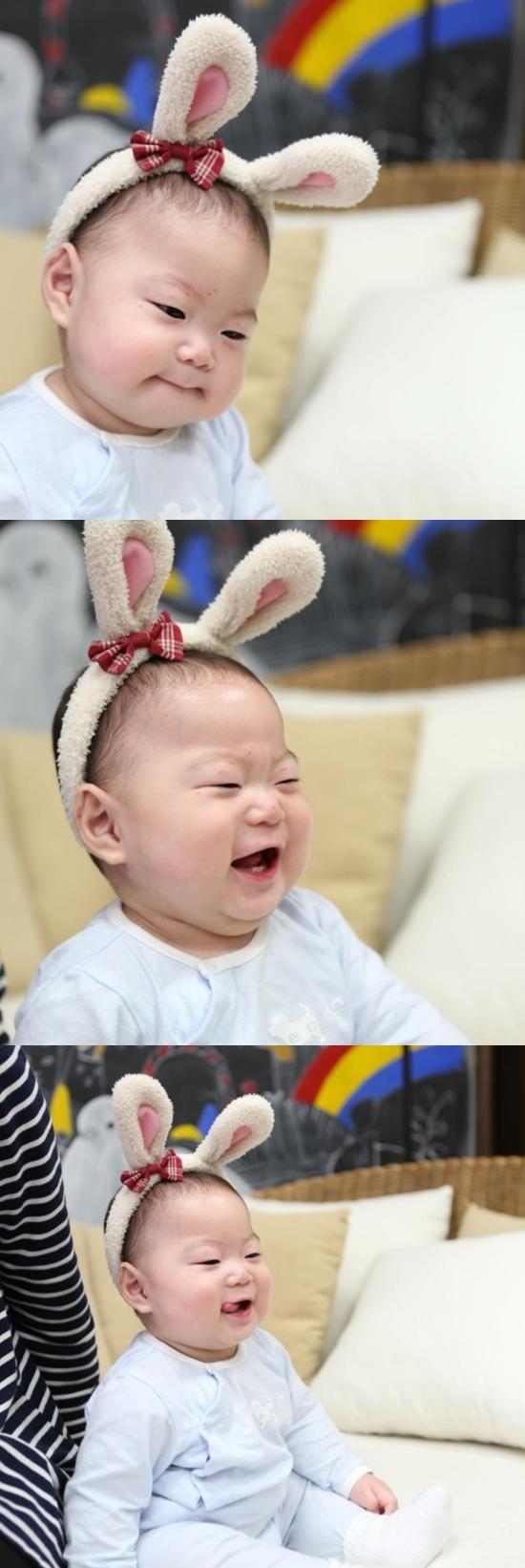 宋一國曬萬歲嬰兒照 萌娃趣味滿滿