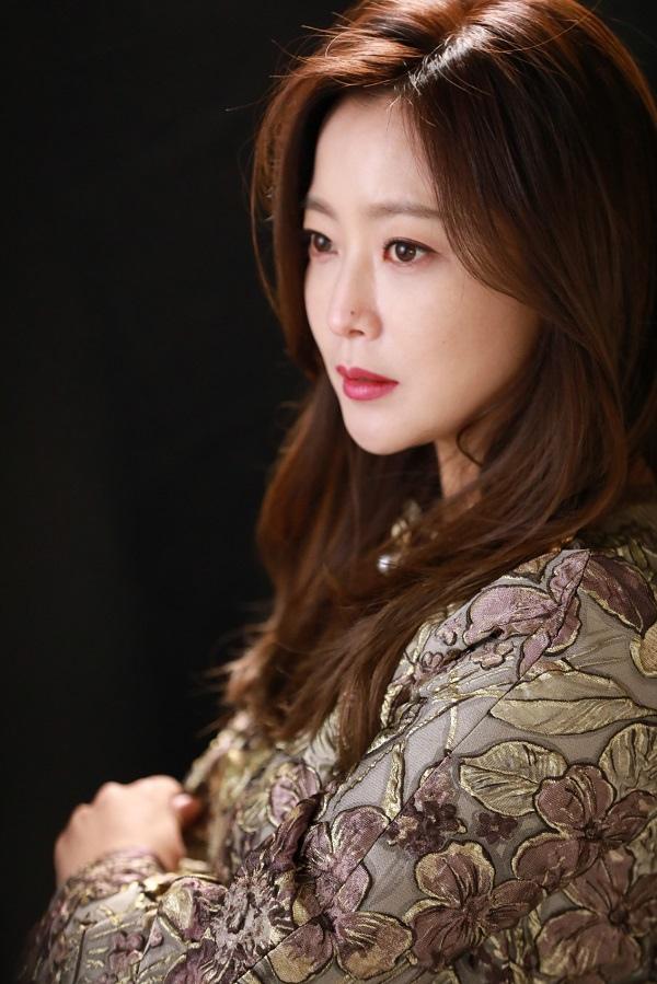 《有品位的她》金喜善談角色 與禹雅珍的相似度50%