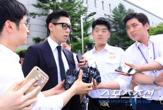 T.O.P出席審判 遭判刑10個月緩刑2年_14