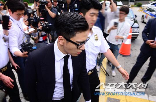 T.O.P出席審判 遭判刑10個月緩刑2年_13