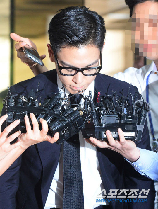 T.O.P出席審判 遭判刑10個月緩刑2年_4