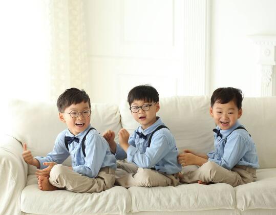 宋一國更新SNS 公開三胞胎近況