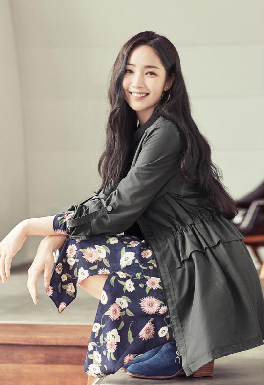朴敏英_女裝品牌COMPAGNA_2017秋裝_1