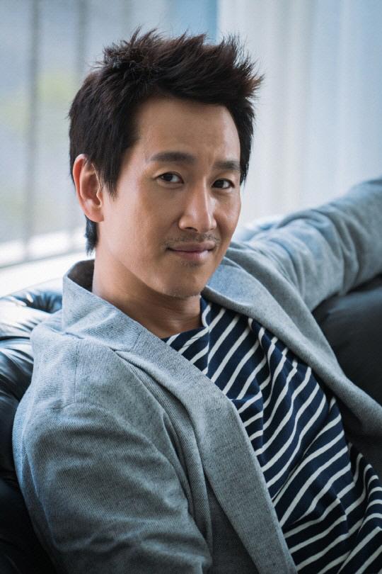 李善均確定出演tvN新劇《我的大叔》 預計年末開拍