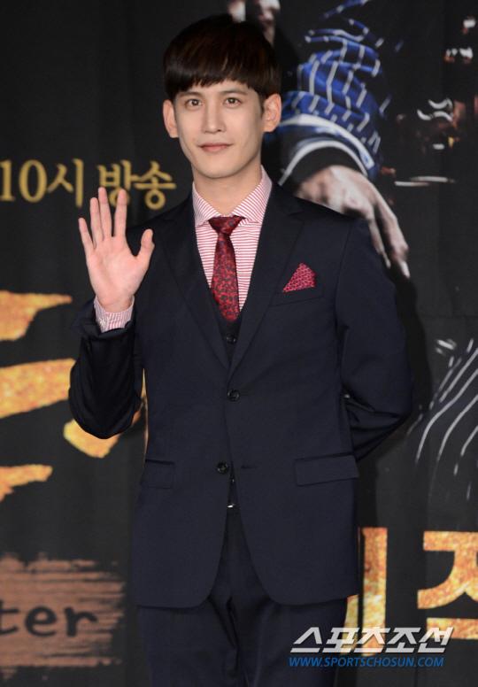 傳朴基雄出演SBS新劇《Return》 公司回應討論中