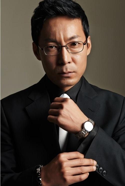 崔鎮鎬出演《陽光先生》 與李炳憲等合作