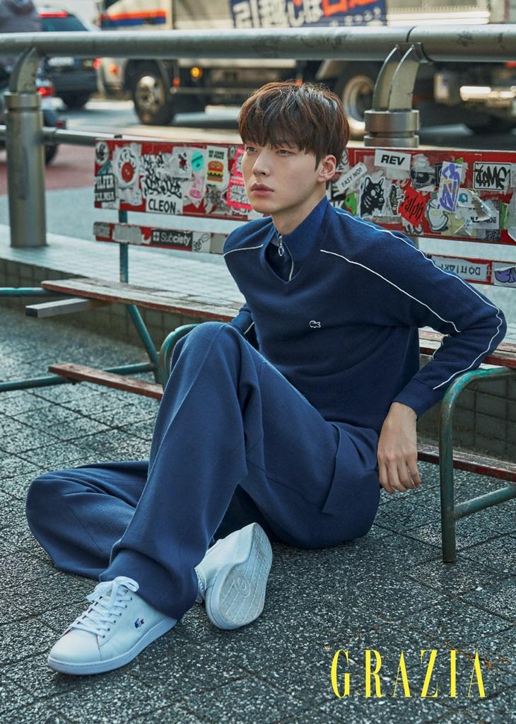 安宰賢_GRAZIA_201711_3.png