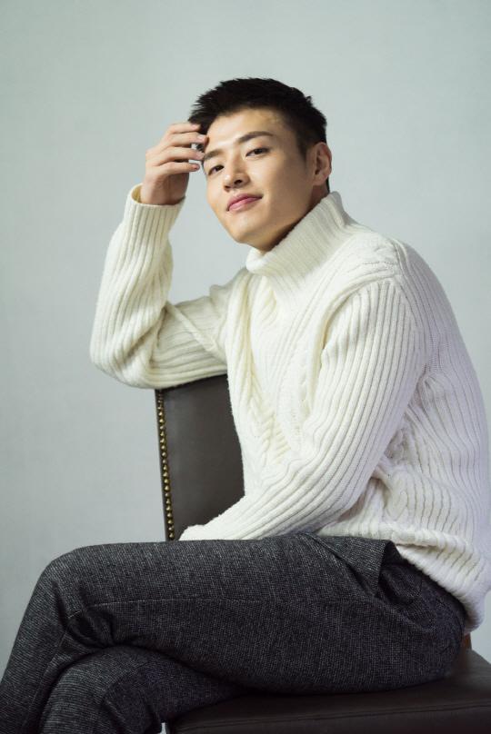 姜河那受訪自嘲與女演員不搭 更愛演「Bromance」_3
