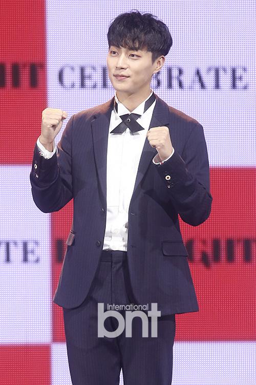 尹鬥俊確定出演KBS新劇《Radio Romance》