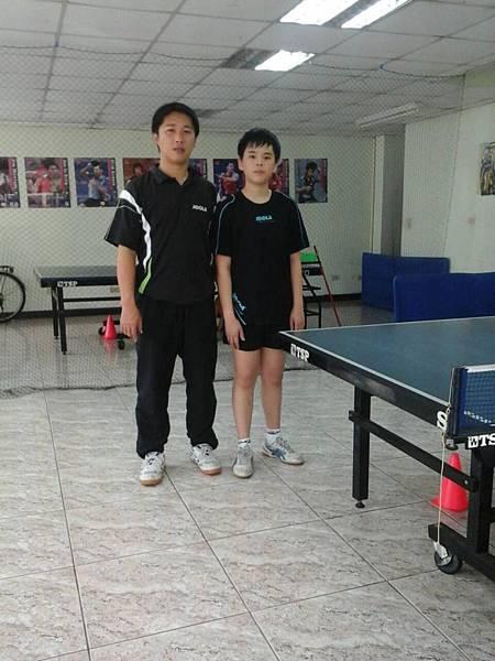 網溪國小黃柏寰選手寒假練習
