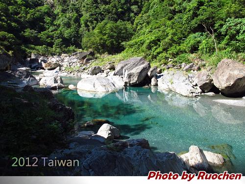 慕谷慕魚--乾淨的溪水