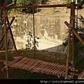 營地建設 -- 高架灶