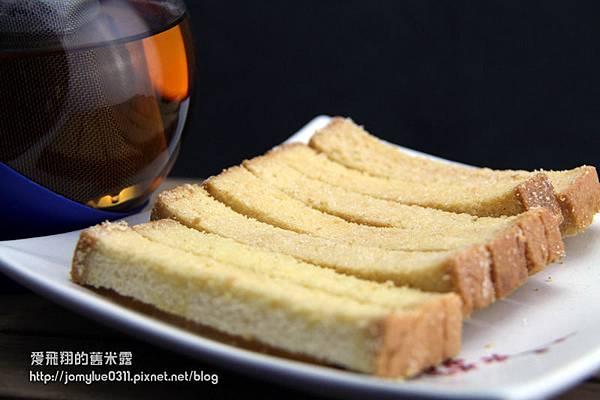 香脆濃郁甜入心底的點心花蓮99黃金奶油酥條