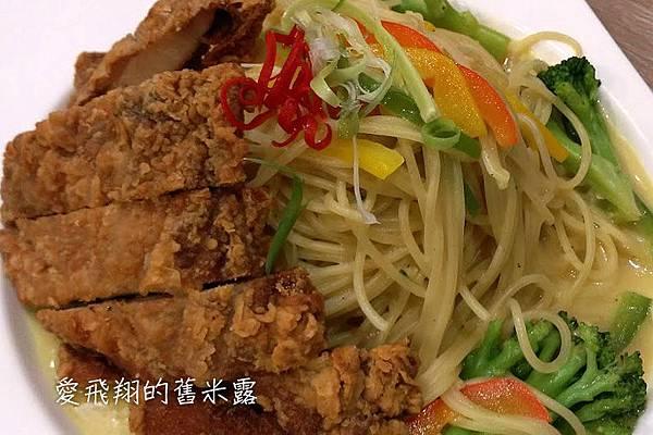 台中【艾可先生】逢甲店夏日特餐~~酷夏無食慾的美味引誘,偶胃口大開啦!