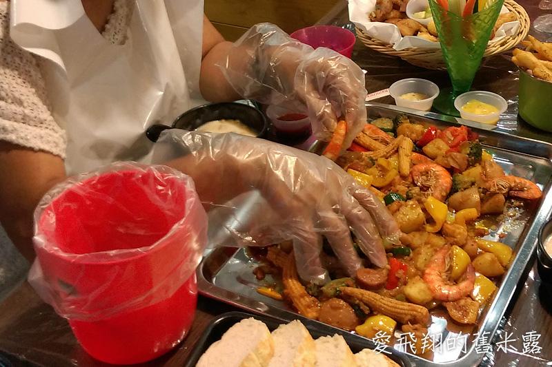 【 台中美式餐廳】神奇艾米美式麻辣海鮮Amazing Amy,鄉村牛仔豪邁吃法~吃嘎會涮嘴