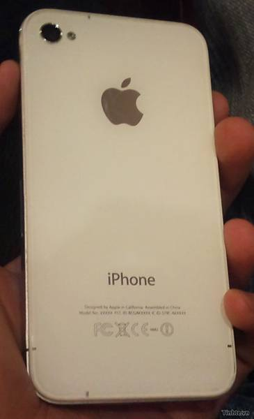 iPhone 4S 照片流出