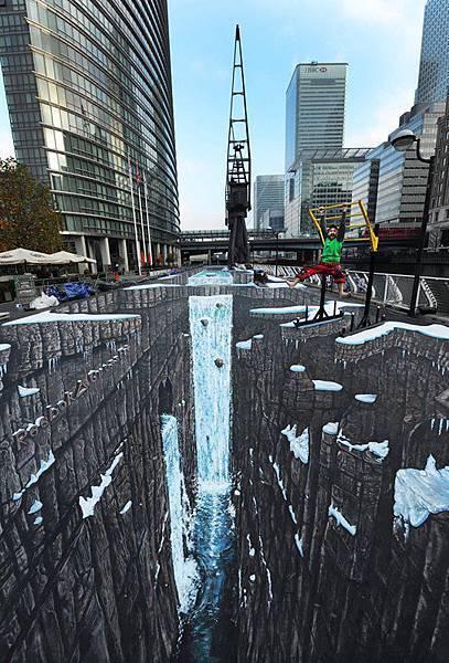 世界最長最大3D彩繪