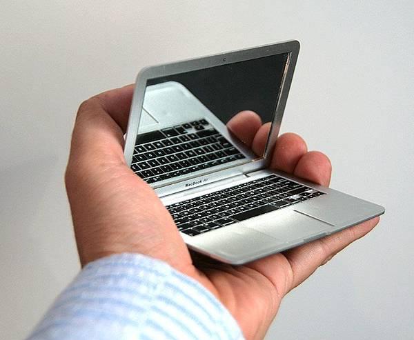 MacBook Air 鏡子