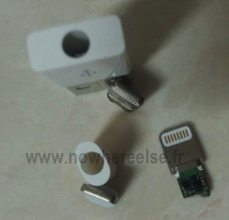 nowhereelse_mini_dock_connector