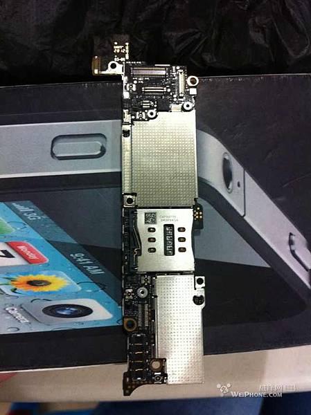 iPhone 5 主機板 流出