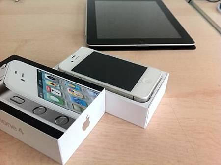 白色iPhone 4 開賣