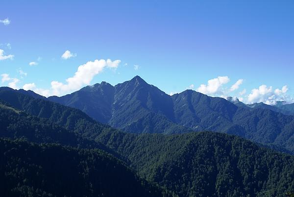 南湖南峰與巴巴山