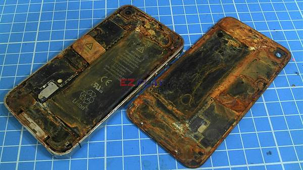 iphone4:廁所打電動後忘記拿出來