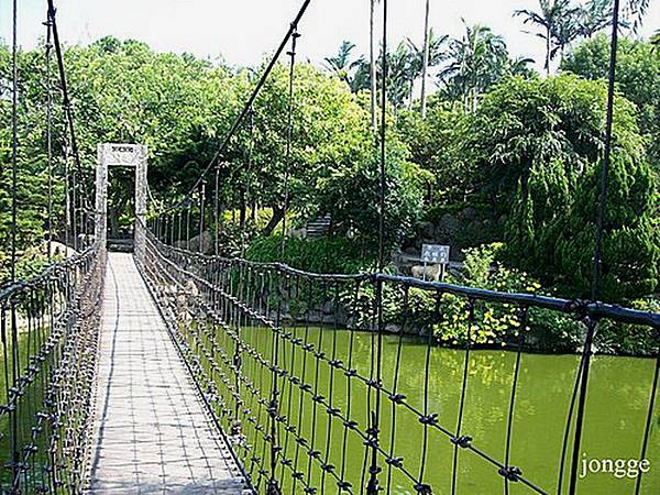 義民廟吊橋