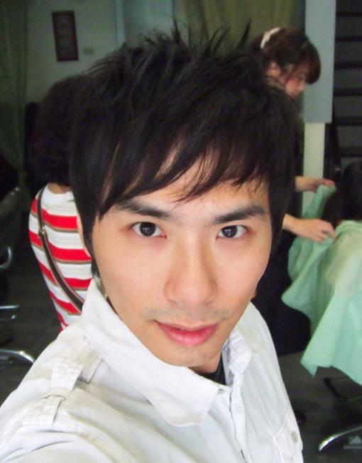 這是3月底回台灣剛剪的頭髮
