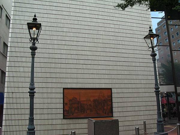 1-2日本最初瓦斯燈 (3).JPG