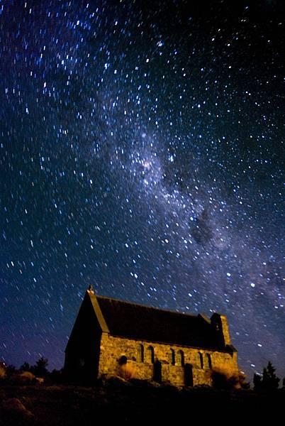 (一)(6)教堂上的美麗銀河.jpg