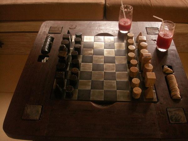 客廳竟然有西洋棋