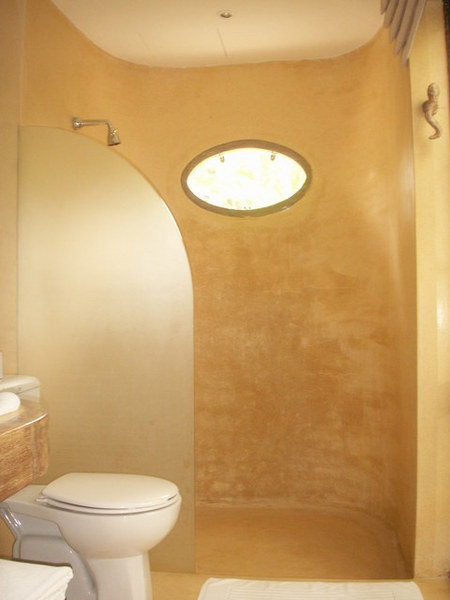 一樓浴室設備